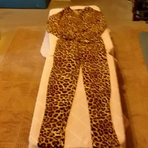 Pants - Very chic leopard design jumpsuit